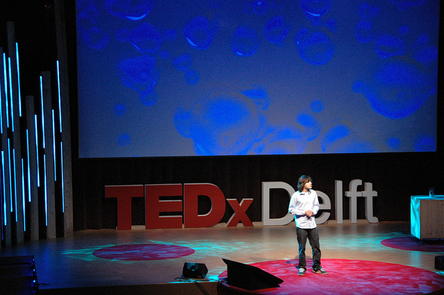 Boyan Slat young inventor who designed ocean plastic cleanup system