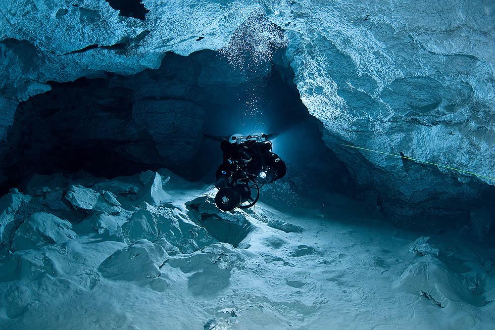 Orda cave diver