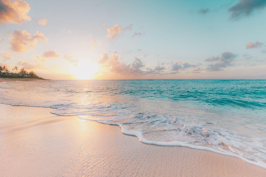 White sand on Hawaii beach