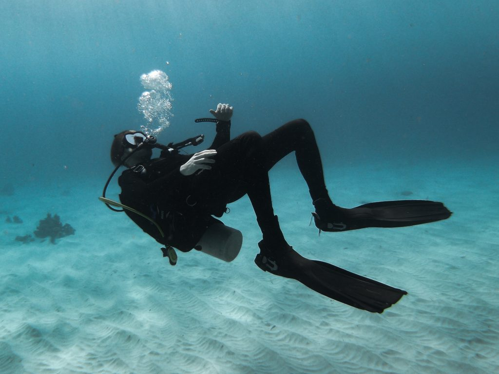 tips-to-keep-you-warm-while-scuba-diving