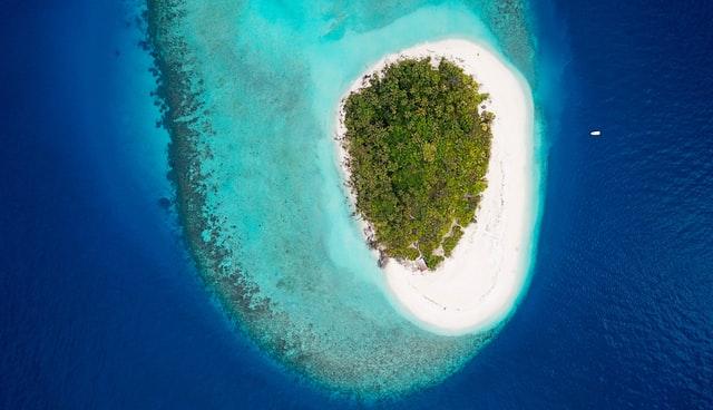 Maaya Thila, Maldives