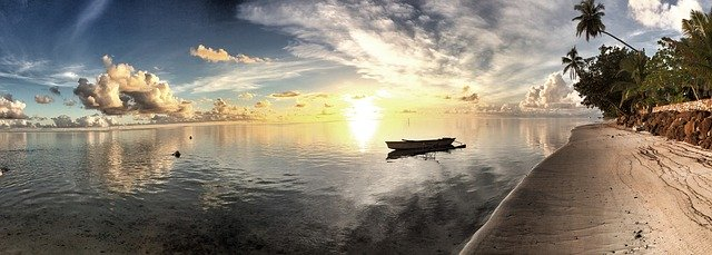 Tahiti and Magical Moorea Islands in French Polynesia