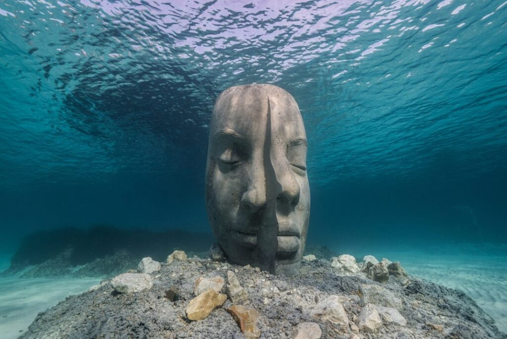 Cannes underwater museum Jason decaires Taylor